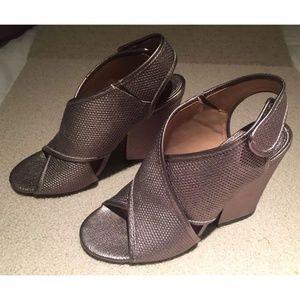 "Nicole ""Larkin"" Slingback Sandals 7.5M Dark Silver"